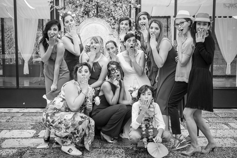 amici-sposi-matrimonio-fotografia-allebonicalzi-2
