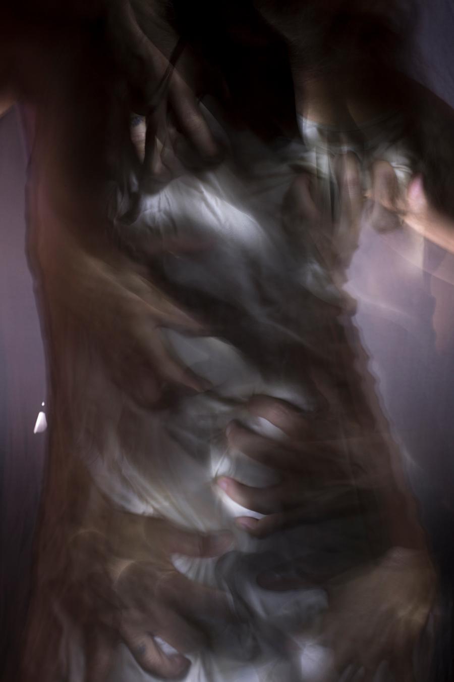 emergere-dal-buio-si-puo-ritratti-light-painting-allebonicalzi-3